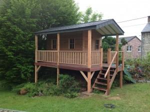 Construction D Une Cabane De Jardin Pour Enfants à Thon Toitures