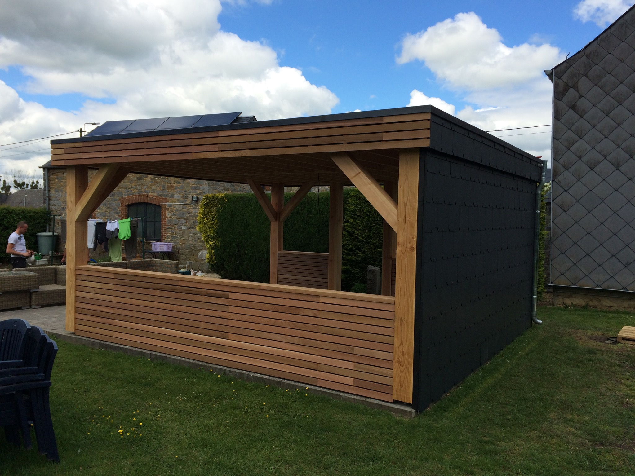 Img 2337 toitures van baelen for Comconstruction d un abri de jardin